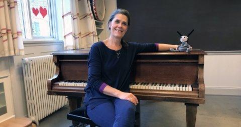 Cathrine Nordseth ved klaveret